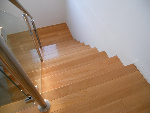 Wood stair.14