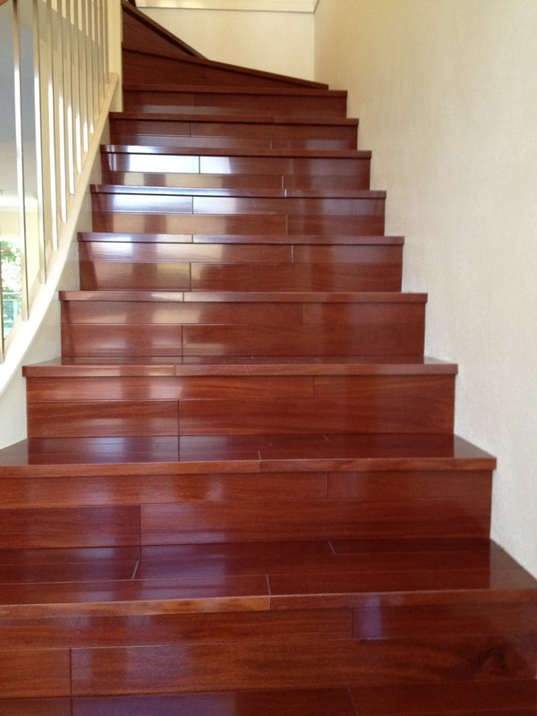 Wood stair.18