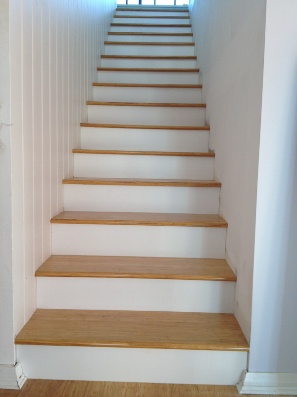 Wood stair.17